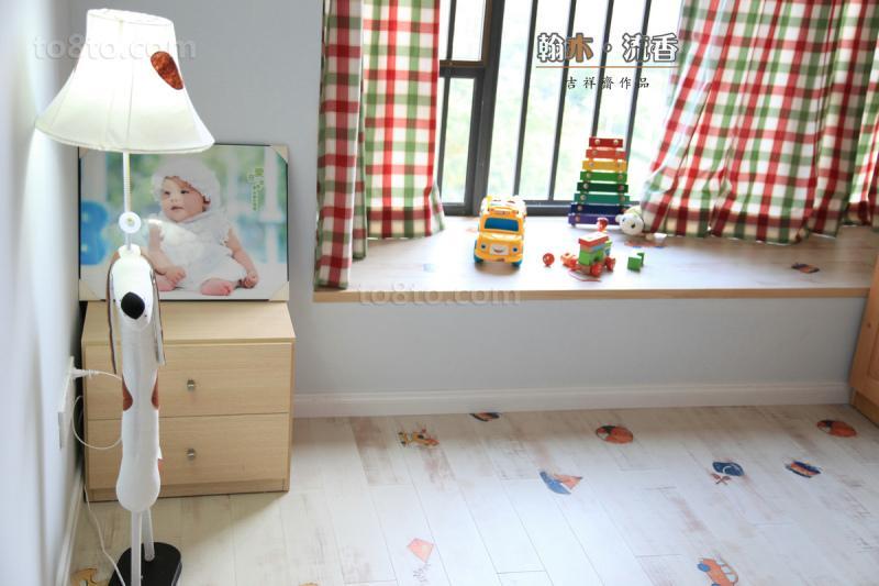 简单儿童房飘窗装修效果图