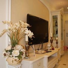 欧式风格客厅电视背景墙装潢设计