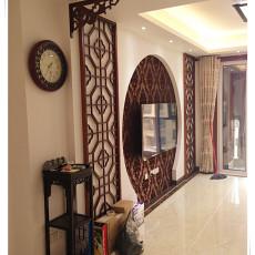 中式风格客厅过道挂钟效果图