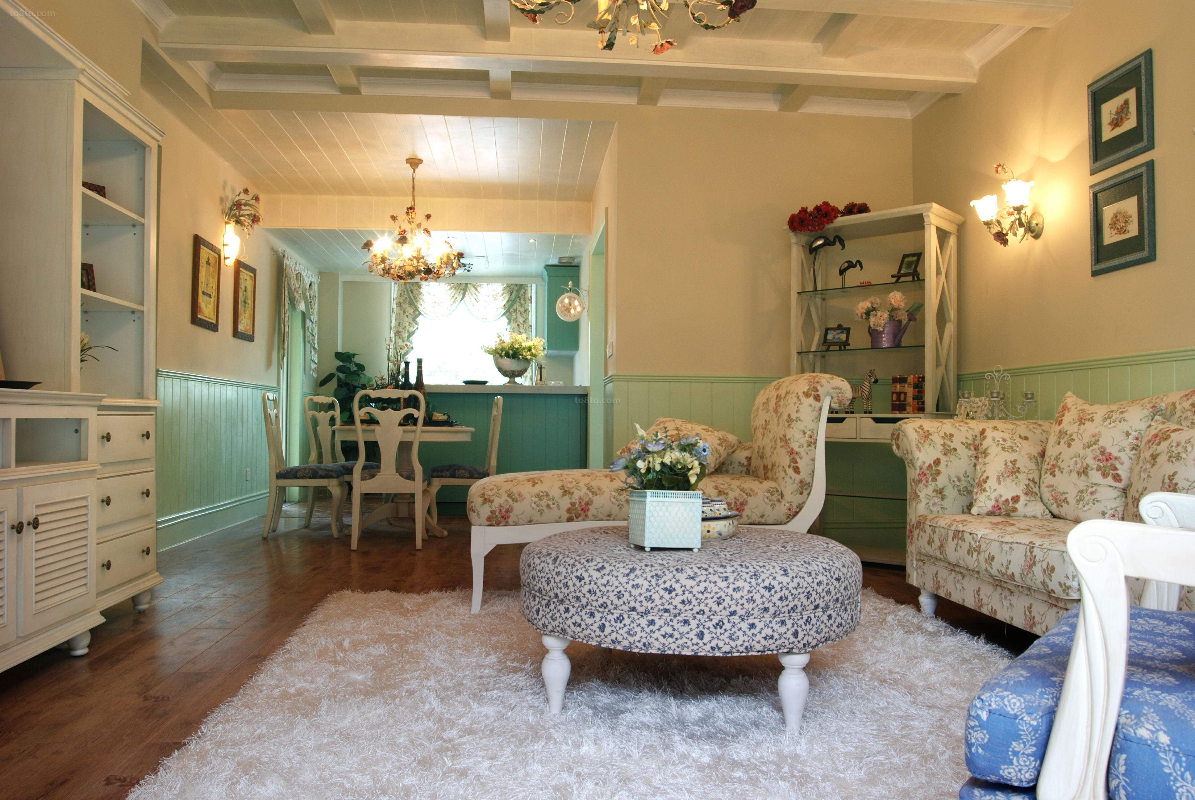 欧式田园风格客厅茶几效果图