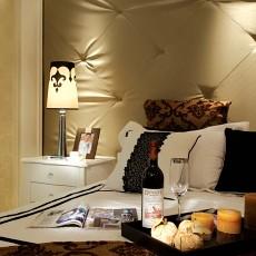 现代新古典风格卧室床头台灯效果图