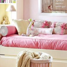 欧式田园风格儿童房粉色床图片