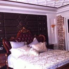 美式风格卧室背景墙装修效果图欣赏