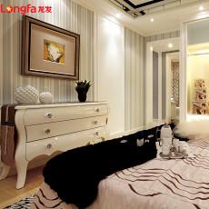 现代风格卧室脚柜图片