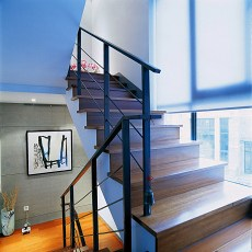 实木楼梯踏步板图片