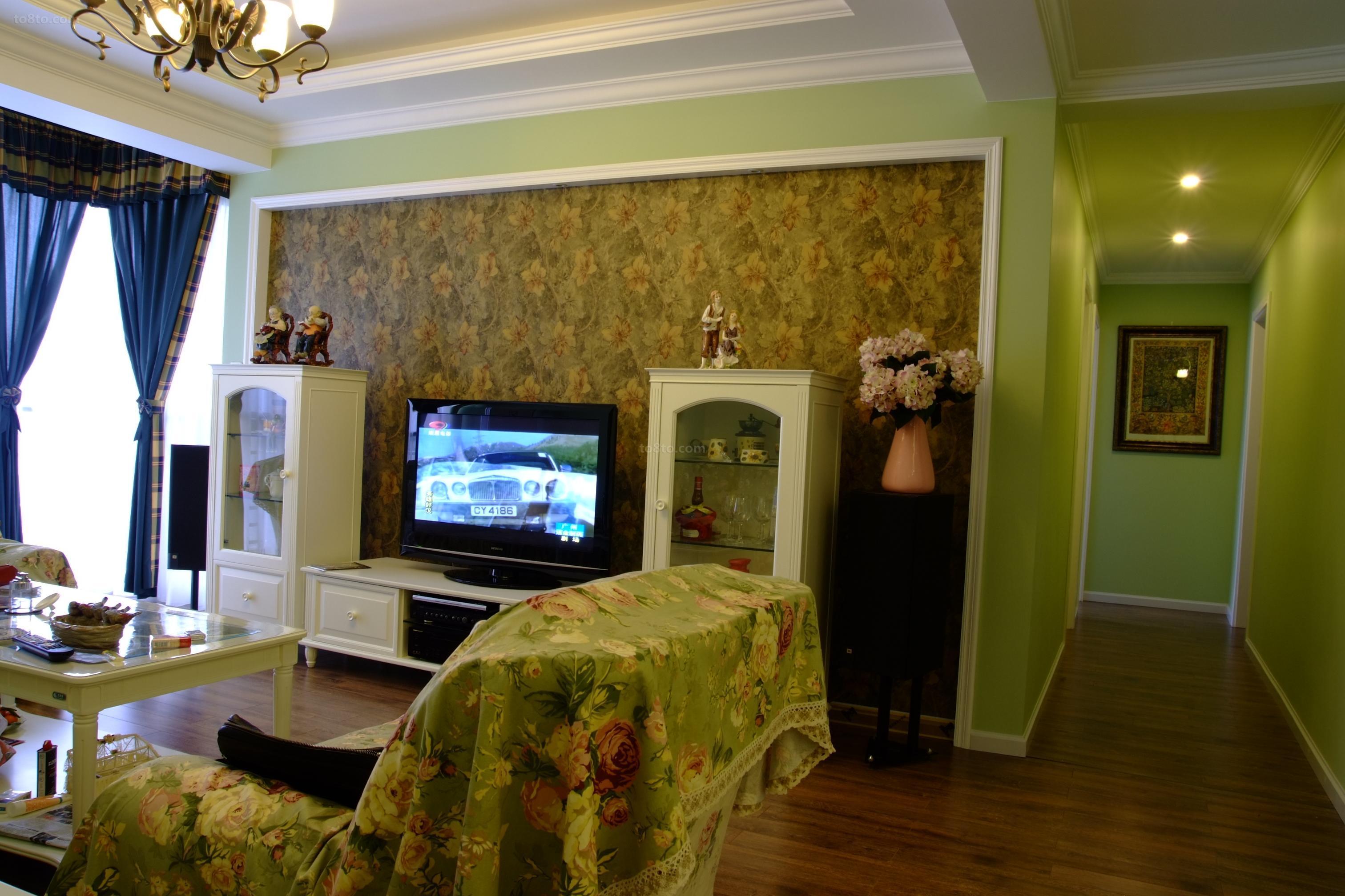 田园风格壁纸电视背景墙装修效果图片