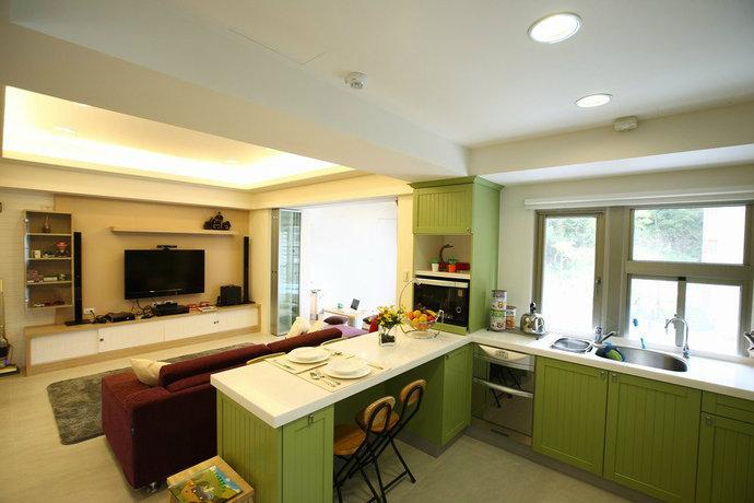 简约风格房屋装修效果图