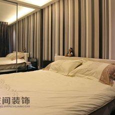 现代小户型卧室设计效果图
