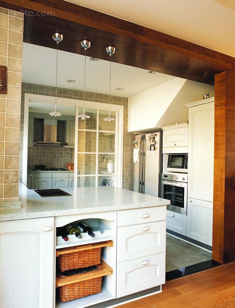 厨房木制垭口装修效果图