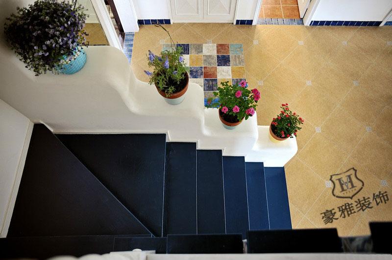 地中海风格小复式楼梯装修效果图