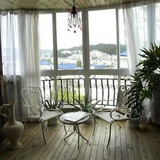 76平米田园小户型阳台实景图