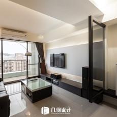面积92平简约三居客厅实景图片