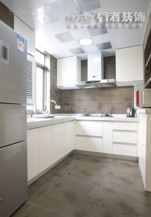 热门面积89平小户型厨房简约装修设计效果图片欣赏