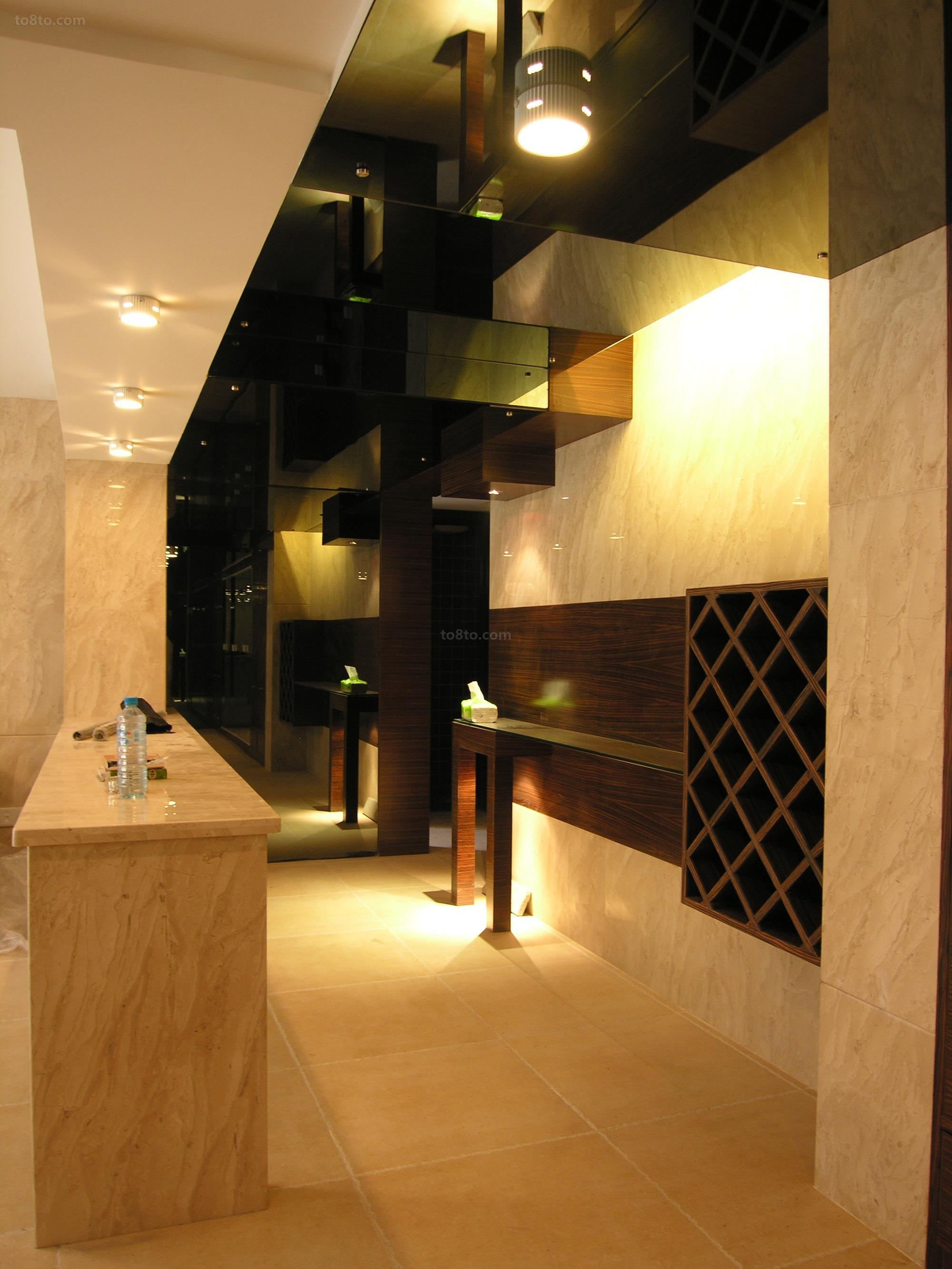 热门71平米现代小户型过道装修欣赏图片