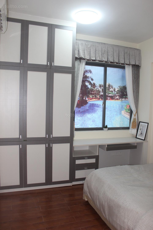 卧室窗户贴纸装修设计