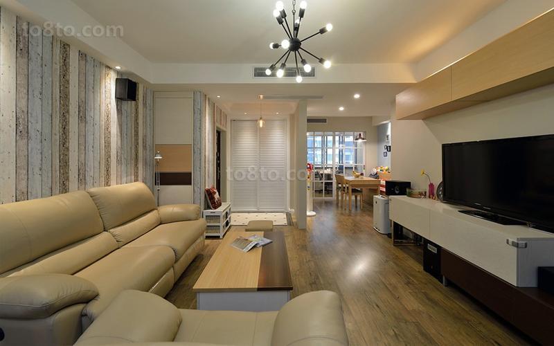 热门74平米简约小户型客厅实景图
