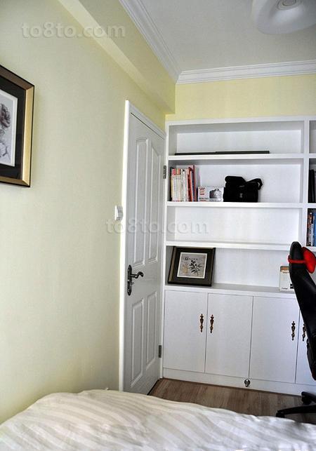 简约风格卧室柜效果图欣赏