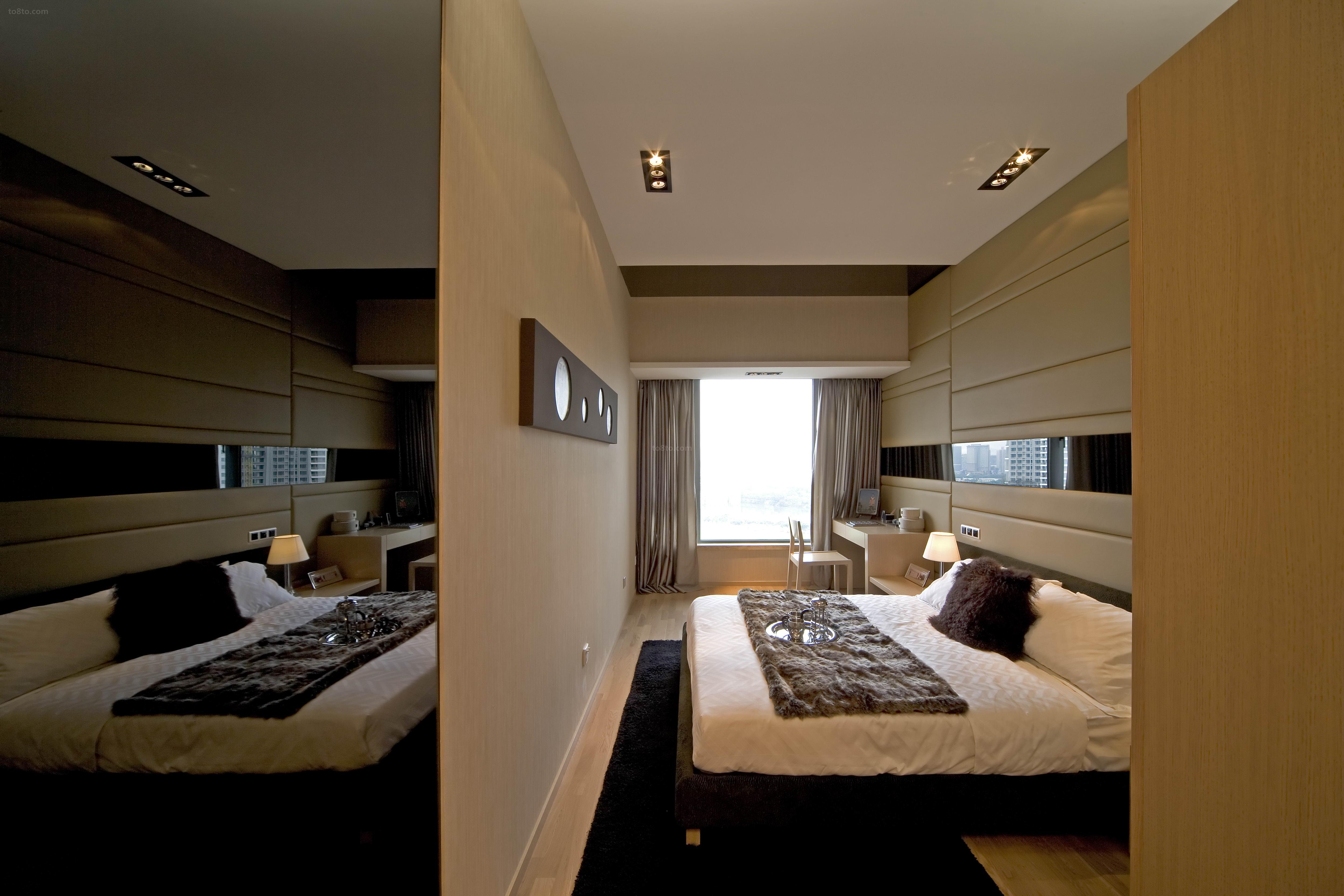 现代卧室隔断墙装修图片大全