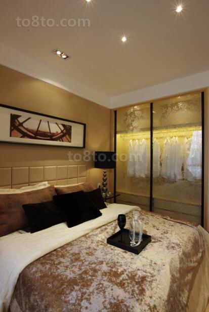 现代风格卧室软包背景墙效果图