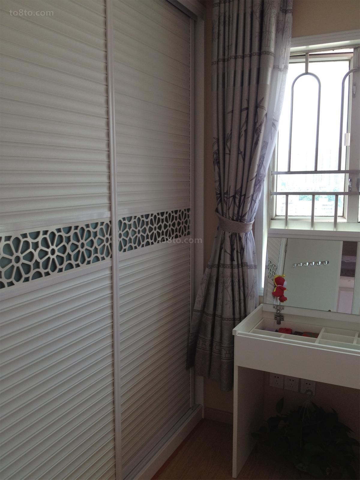简约卧室衣柜设计效果图片