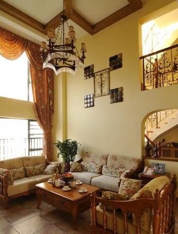 美式田园风格沙发背景墙装修图片欣赏