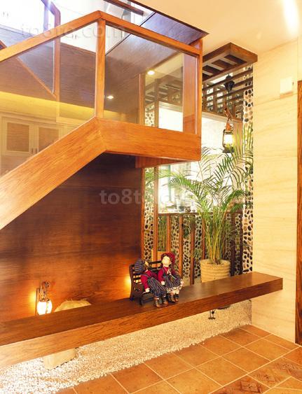 美式风格室内楼梯装修设计图片