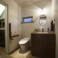 卫生间实木储物柜效果图