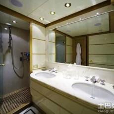 小卫生间装浴缸