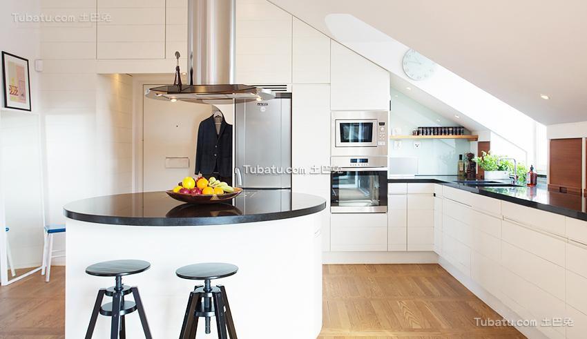 家庭设计阁楼厨房效果图