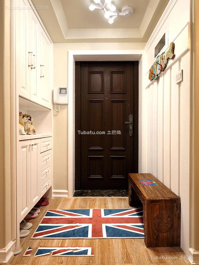 美式家庭进门玄关图片