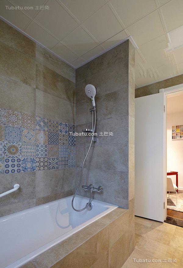 浴室水龙头花洒图片