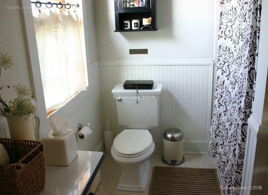 简约设计卫生间窗帘图片