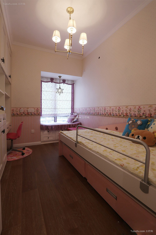 粉色温馨女儿童房布置图片欣赏