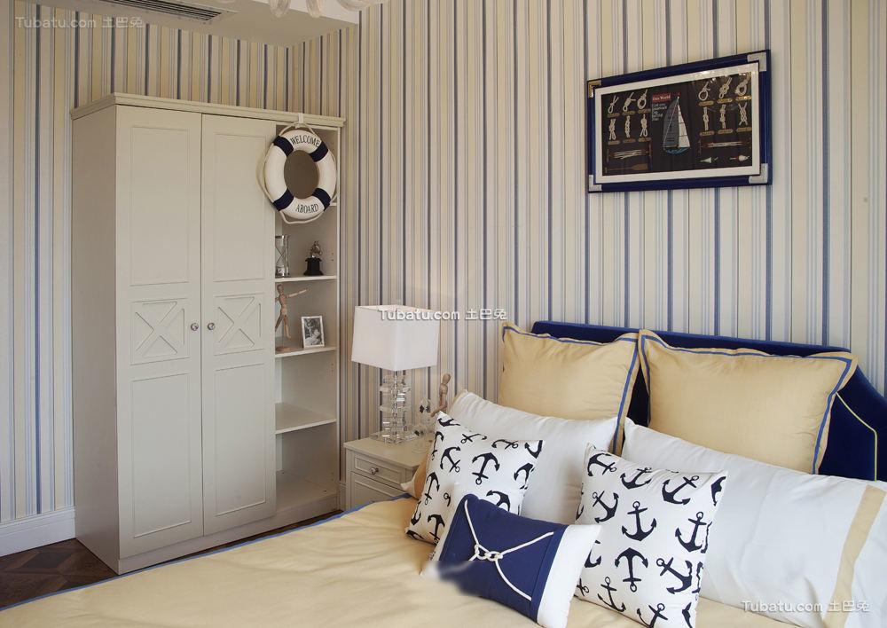 欧式古典风格卧室衣柜图片