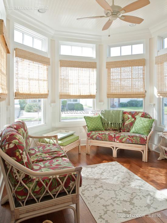 美式田园风格客厅窗帘图片