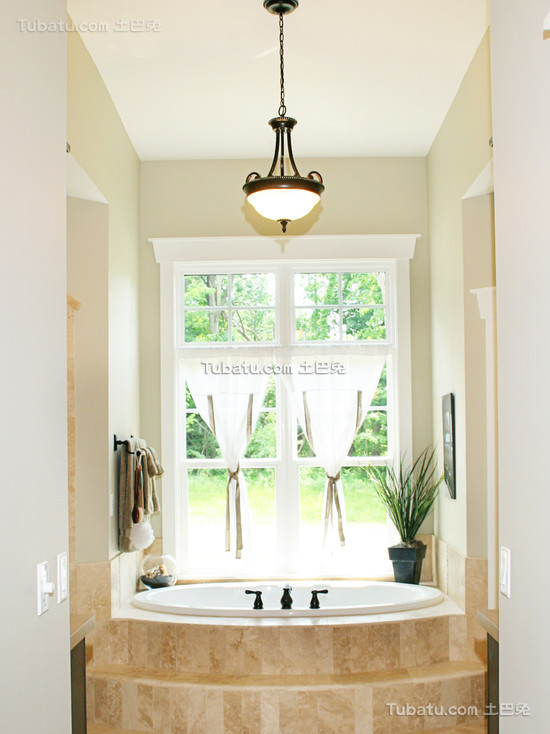 简约装修设计卫生间窗帘效果图