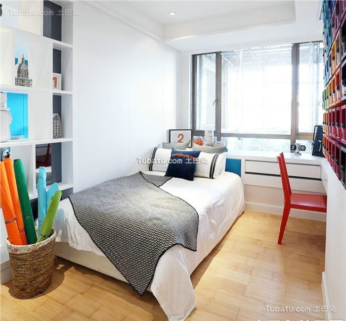 北欧设计室内小卧室飘窗图片