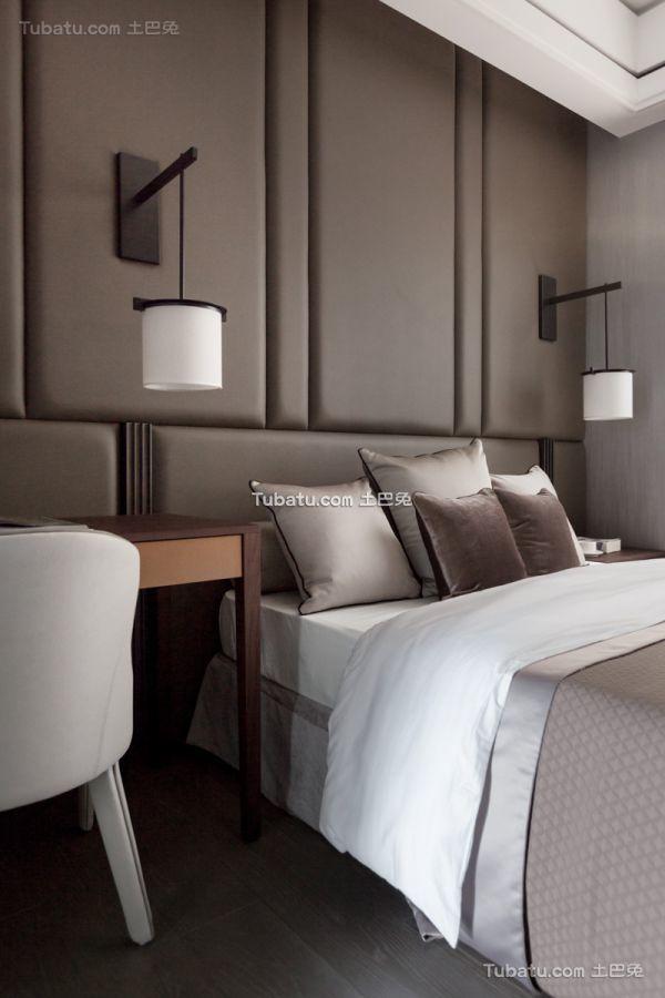 现代风格卧室床头软包背景墙图片