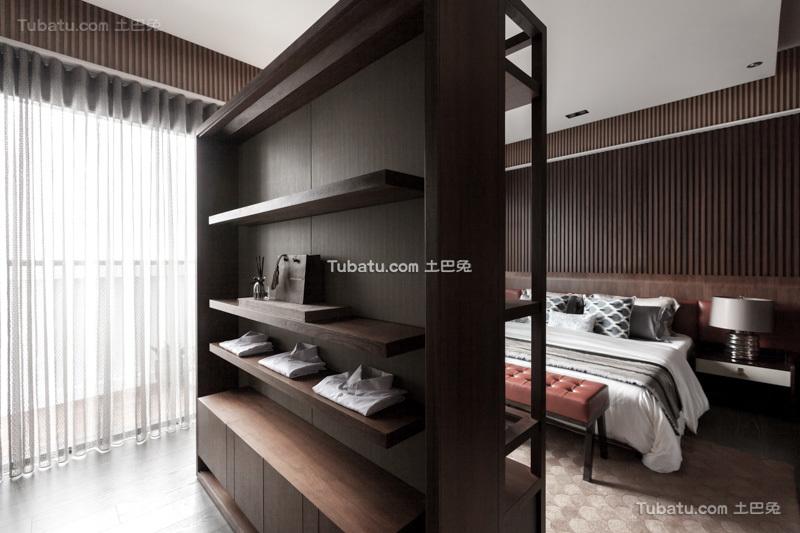 现代装修设计卧室隔断墙图片大全