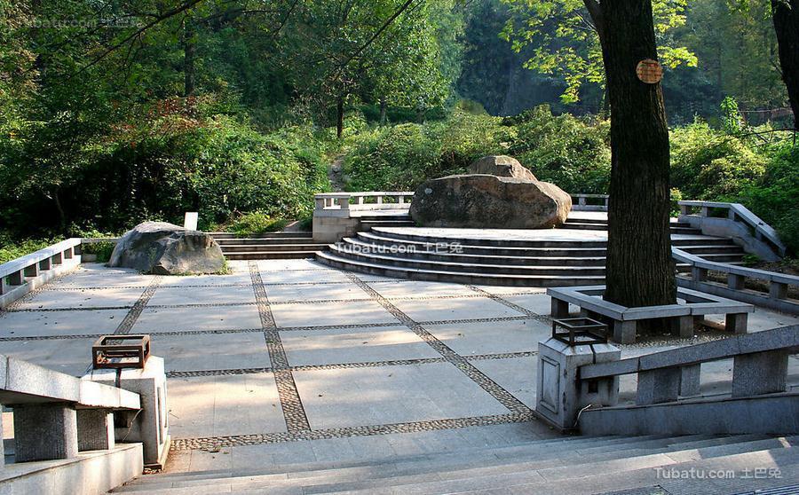 公园广场设计图片