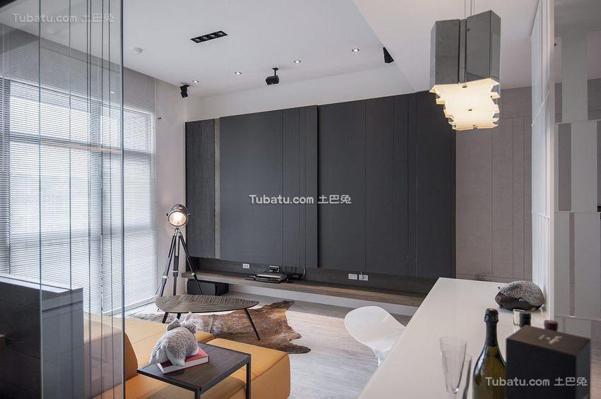 现代灰色客厅装修
