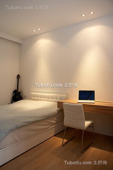 卧室简易装修