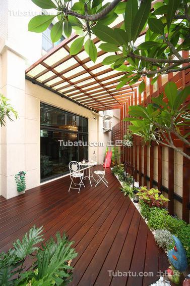 现代家居花园装修案例