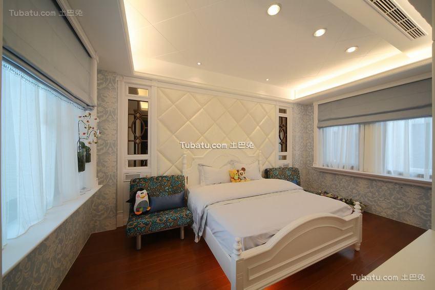新古典浪漫卧室装修案例