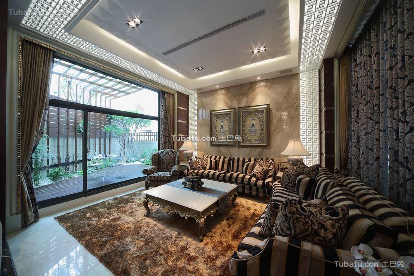 奢华新古典客厅装修案例