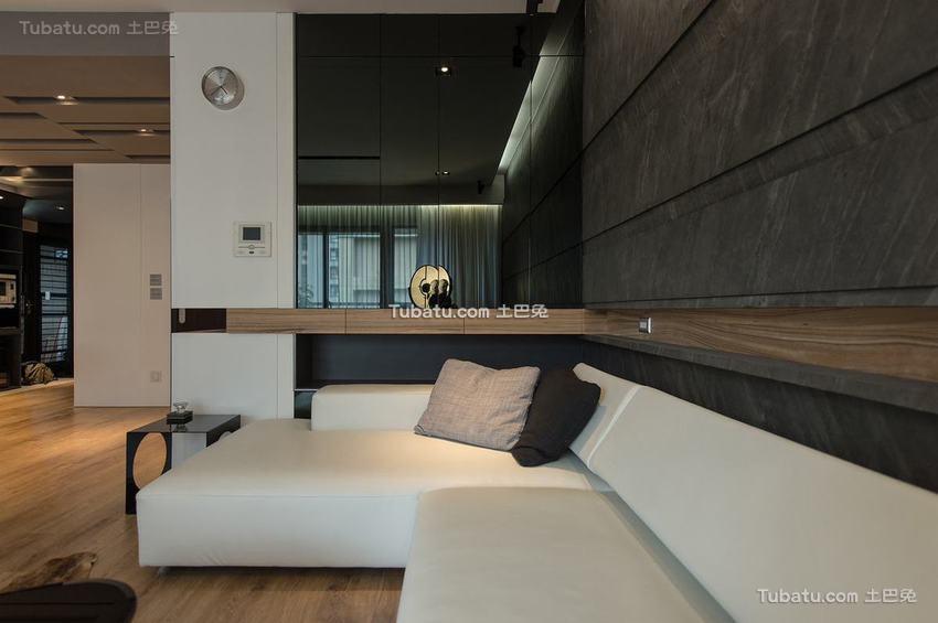 现代客厅沙发装修