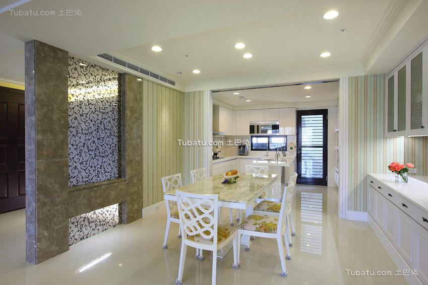 现代风格四居餐厅装修设计图片欣赏