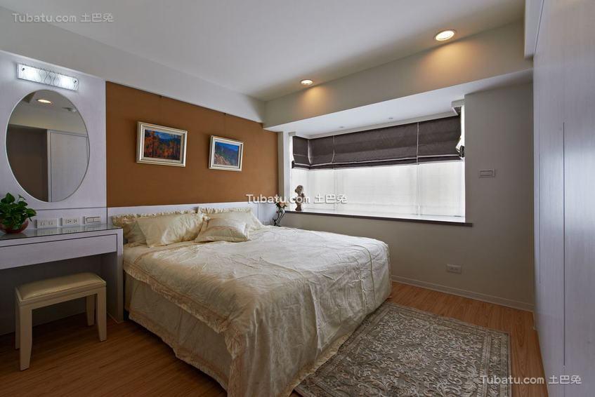 现代美式二居卧室装修图片