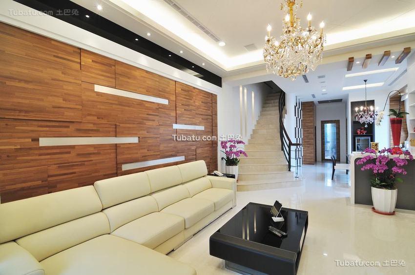 现代客厅装修示例