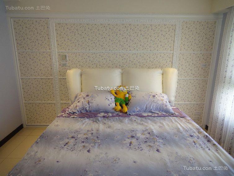 时尚装饰卧室